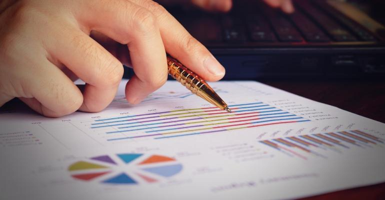 Analyzing-Data-Report.jpg