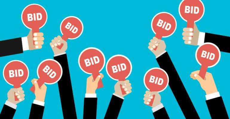 Auction-Bidders.jpg