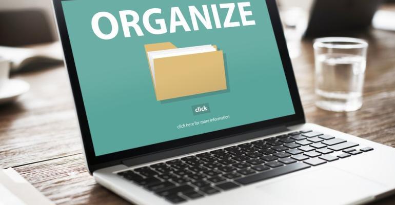 Organizing digital files