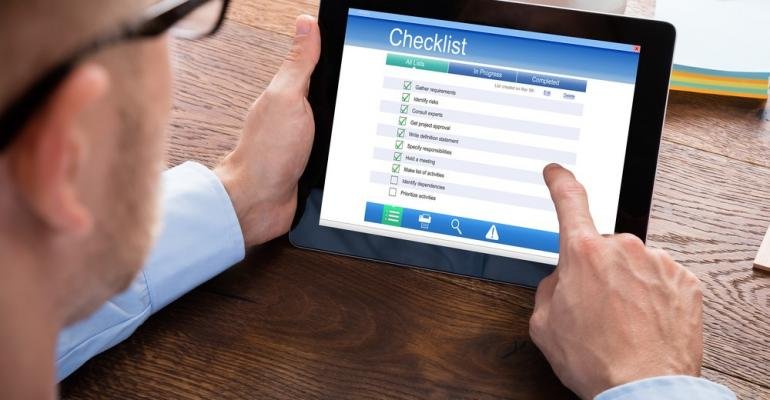 Online project checklist on tablet