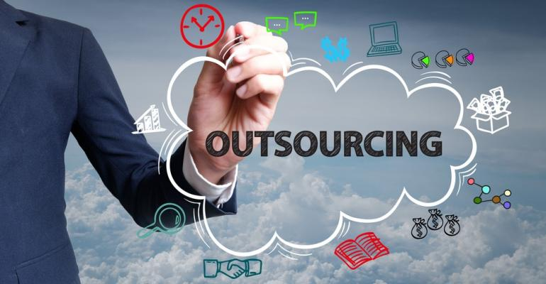Outsourcing-Cloud.jpg