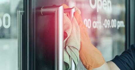 Cleaning-Door-Handle.jpg