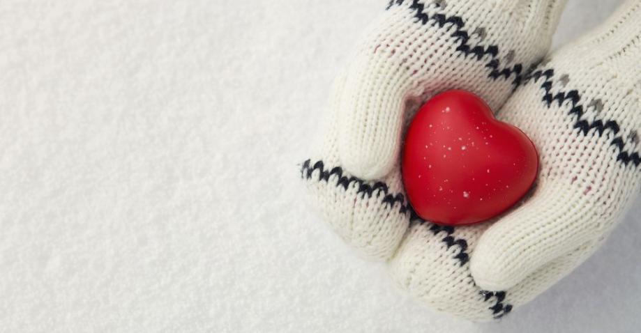 Mittens-heart-snow.jpg