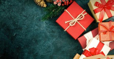 Holiday-Gifts-2019.jpg